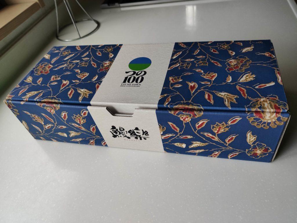 ふるさと納税の返礼品のウナギ箱